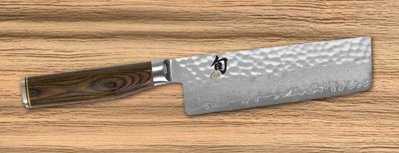 Coltello nakiri vs coltello santoku le differenze - Coltelli da cucina ...